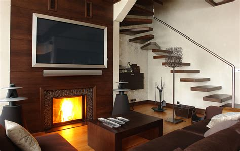 Mount Tv Fireplace by Mounting Your Tv Above The Fireplace The Debate Heats Up
