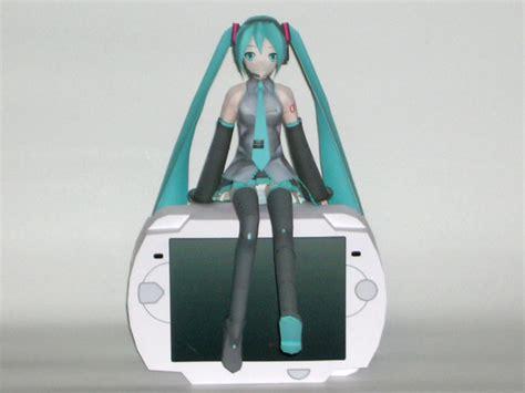 Miku Hatsune Papercraft - vocaloid hatsune miku doll papercraft po archives