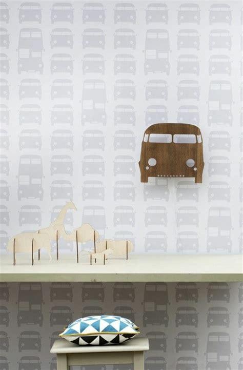 wandgestaltung kinderzimmer cars tapete in grau stilvolle vorschl 228 ge f 252 r wandgestaltung