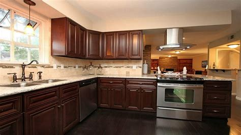 kitchen wall colors with dark cabinets glass knobs on oak kitchen cabinets kitchen wall colors