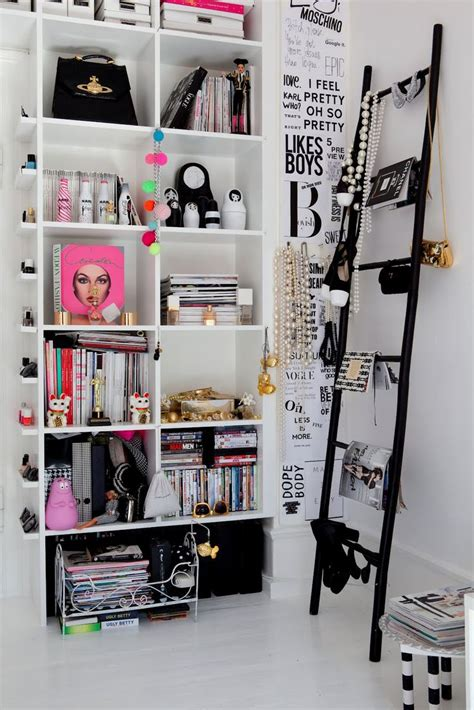best 25 black bookcase ideas on pinterest thrive book 25 best ideas about black ladder shelf on pinterest