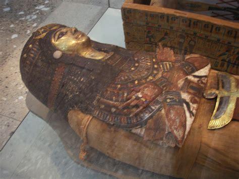 imagenes tumbas egipcias miel y momias un mito que se nos viene abajo