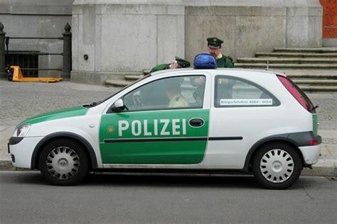 Schnellstes Auto Von Opel by Bilder Opel Era Als Polizeiauto Bilder Autobild De