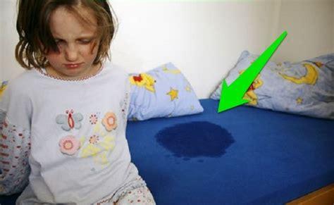 como dejar de mojar la cama remedios caseros para la enuresis nocturna