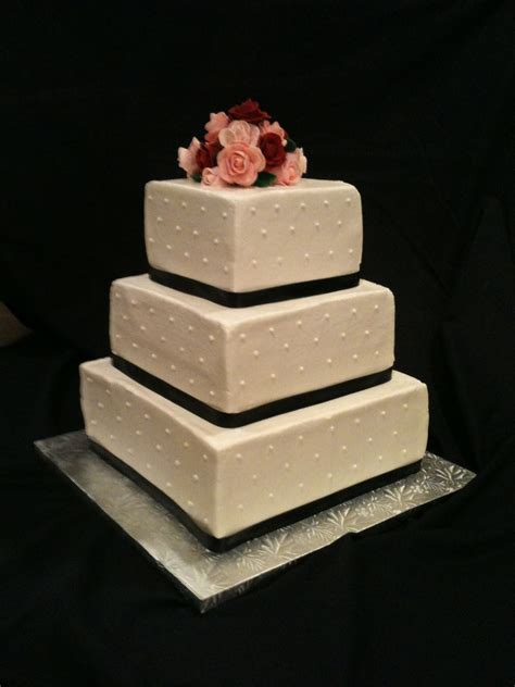square wedding cake simple square wedding cake cakecentral