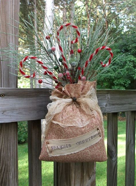 25 best ideas about primitive christmas decorating on