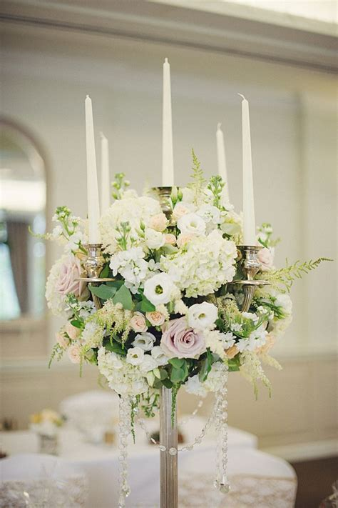 candelabra centerpieces with flowers best 25 candelabra flowers ideas on wedding