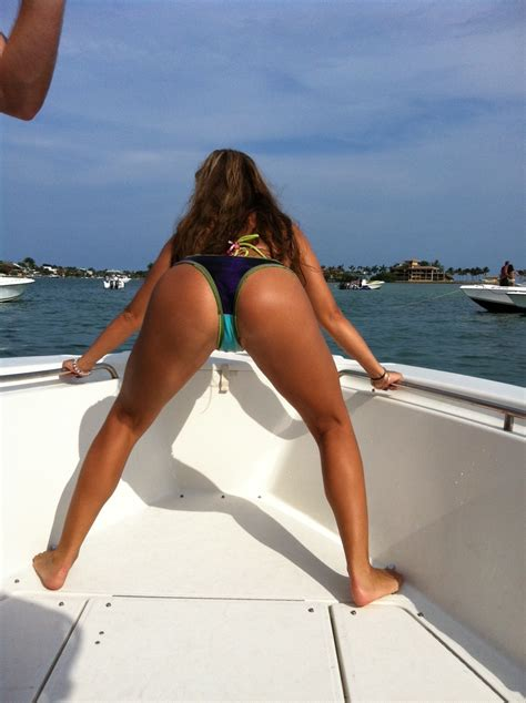 hull truth boating post the best picture of your lady on your boat page 349