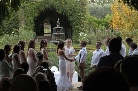Top 100 wedding celebrants in Melbourne   Articles   Easy