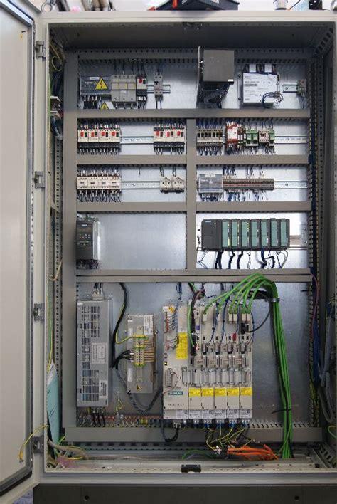 armadio elettrico nettuno automazione programmazione plc cnc manutenzione