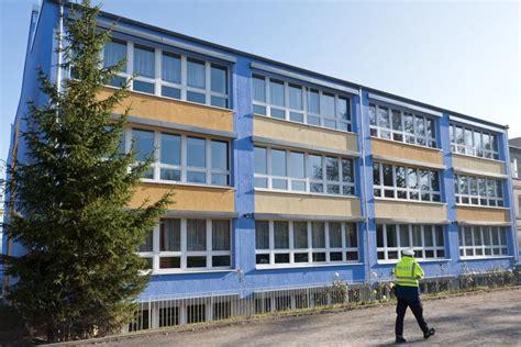 Motorrad Schule Hamburg by Sachsen Anhalt 13 J 228 Hrige Mit Axt Z 252 Ndet Brands 228 Tze In