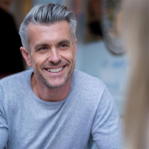 gray hairstyles for seniors because age is just a number