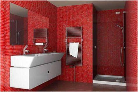 rote fliesen bad moderne badezimmer farben f 252 r stilvolles helles badezimmer