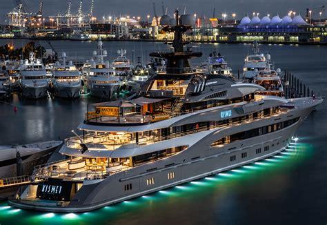 kismet miami yacht show   star   show