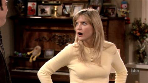 courtney thorne smith s blonde tresses according to jim 67 best images about hair cuts on pinterest helen hunt