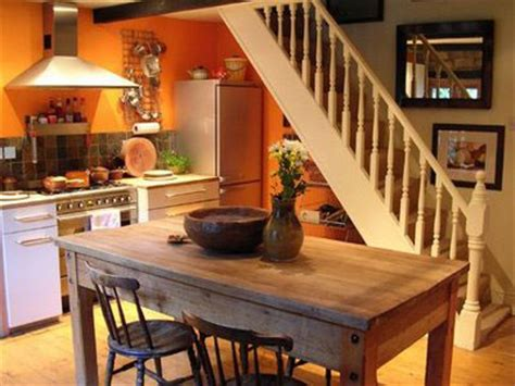 pumpkin spice paint living room pumpkin spice kitchens inspired by fall creative spaces drop dead orange