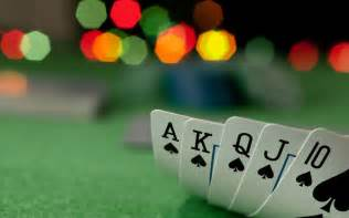 Description whether you think texas hold em is all luck or all skill