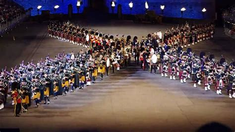 edinburgh tattoo jubilee package edinburgh festival military tattoo 2010 pics n clips