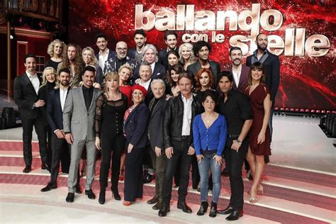 Or 2018 Cast Ballando Con Le Stelle 2018 Le Foto Cast Ufficiale Foto 6 34 Gossip Pourfemme