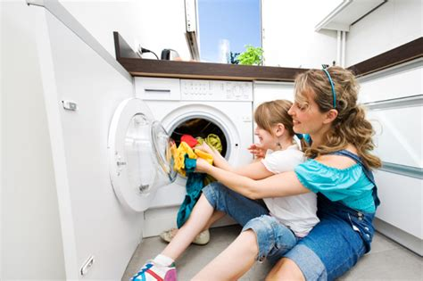 do i wash colored clothes in cold water make a easier this mothers day