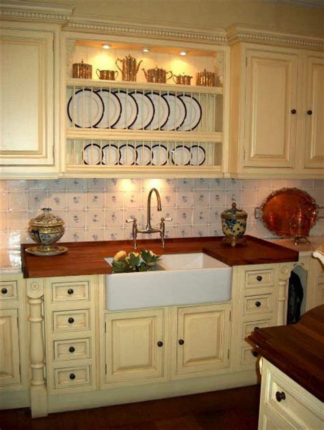 clive christian kitchen cabinets butter yellow kitchen cabinets english bespoke kitchens
