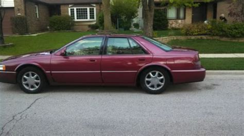 photos and videos 1997 cadillac seville sedan history in pictures kelley blue book buy used 1997 cadillac seville sts sedan 4 door 4 6l in schaumburg illinois united states