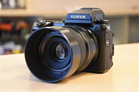 fuji gfx  medium format digital camera  shipping