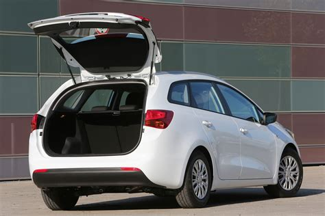 Kia Ceed Pictures Kia Ceed Sw 2012 Pictures Kia Ceed Sw 2012 Images 3 Of 37