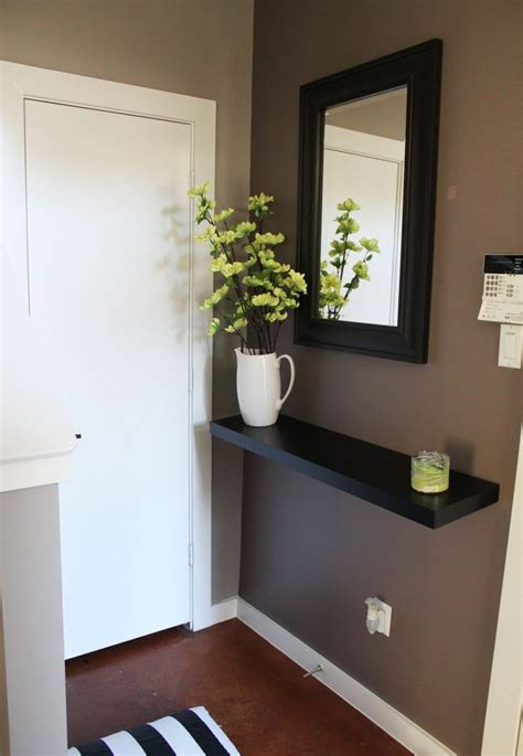 Small Foyer Decor 25 Best Ideas About Small Entryways On Small