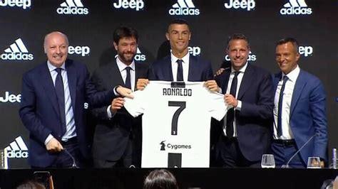 ronaldo juventus poster record de vente de maillots cr7 pour la juventus turin