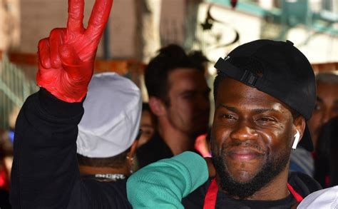 kevin hart malaysia kevin hart says 2019 oscars host job is opportunity of a