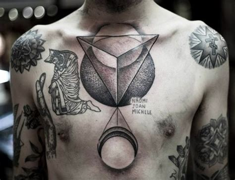 30 best chest tattoos for men