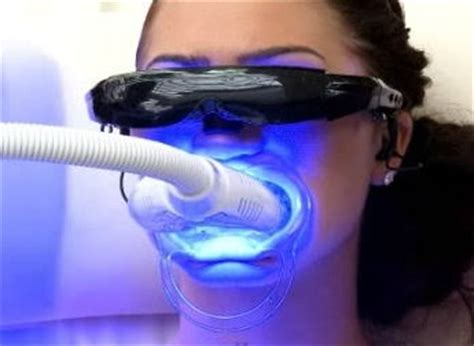 do teeth whitening lights work what is uv light how can it help to treat psoriasis or