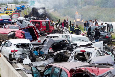 whos  fault   multi car accident virginia personal injury lawyers