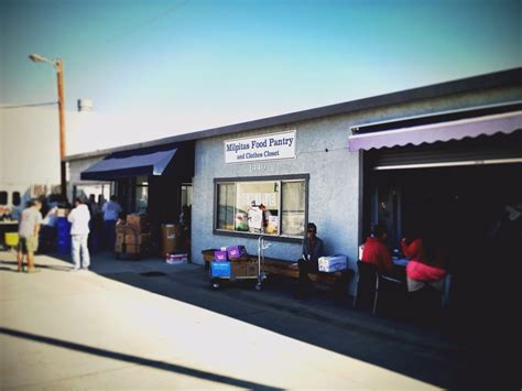 Milpitas Food Pantry by Located At The Back Of An Auto Repair Mall Milpitas