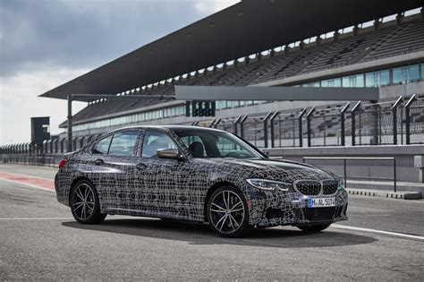 bmw  series  drive review benchmark  bookmark