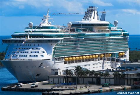 Summer Cruise Deals Offered by Royal Caribbean, Carnival