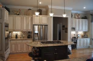 Best Paint Finish For Kitchen Cabinets Creative Cabinets And Faux Finishes Llc Traditional