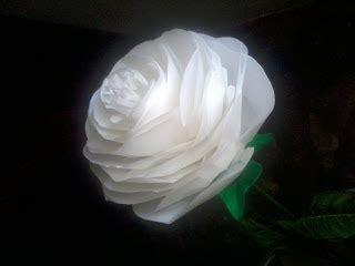 bunga  kantong plastik alias kresek