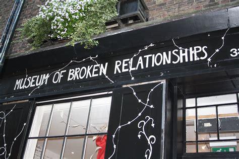 museum  broken relationships   crying