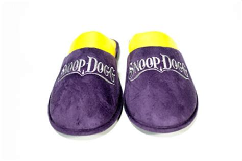 snoop dogg house shoes snoop dogg slippers snoop dogg house slippers lakeshow