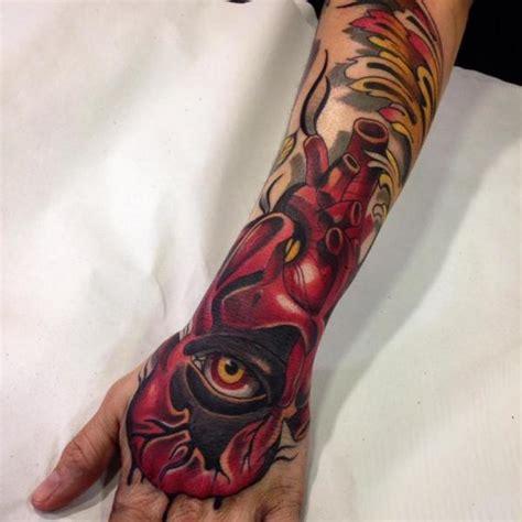 tattoo old school occhio arm herz hand auge tattoo von blessed tattoo