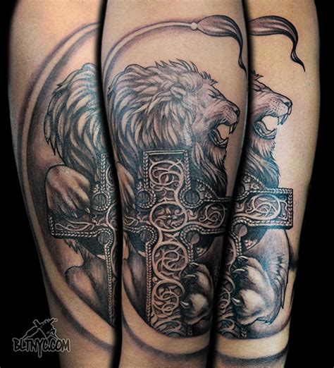 tattoo shop queen east 107 rain bltnyc lion cross catholic celtic irish tattoo