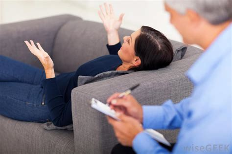 therapist couch confessions of a insert your major here college news