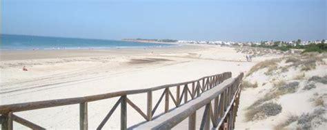 apartamentos en chiclana playa alquiler en urb las arenas la barrosa chiclana