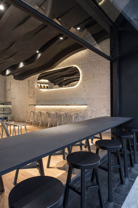 sculptural ceiling   cafe continues