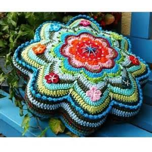 Crochet star shaped pillow pattern knitting bee