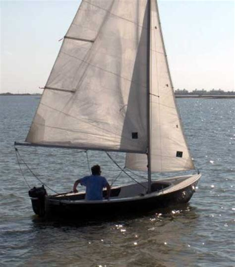 Chrysler Sailboats by Chrysler Lone 16 Sailboat For Sale