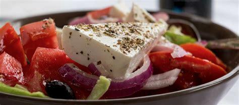 la cuisine grecque visiter ath 232 nes en famille 224 l heure du repas la