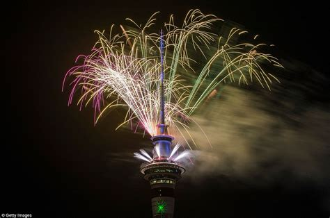 new year 2018 wellington auckland kicks new year celebrations to ring in 2018